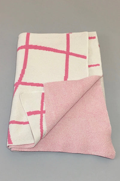 Aelfie Wavy Grid Throw Blanket, pink