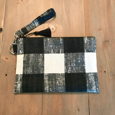 Black & Cream Gingham Wristlet