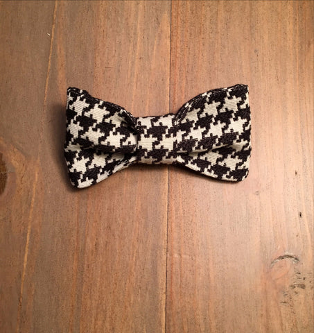 Black & White Houndstooth Bow