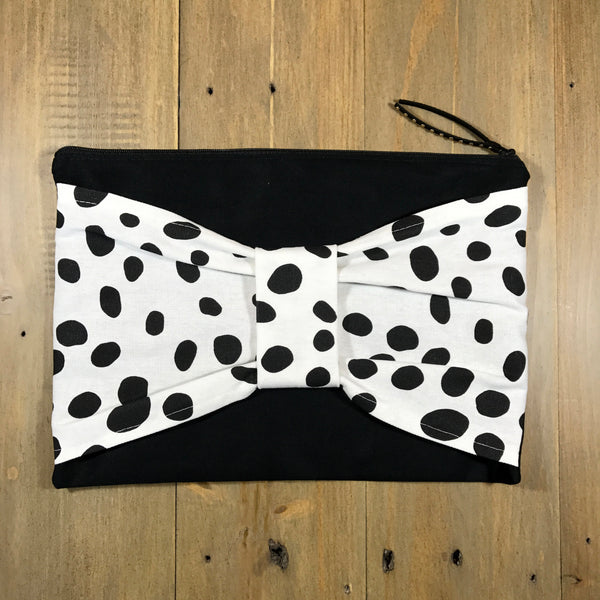 Spotty Bow Clutch
