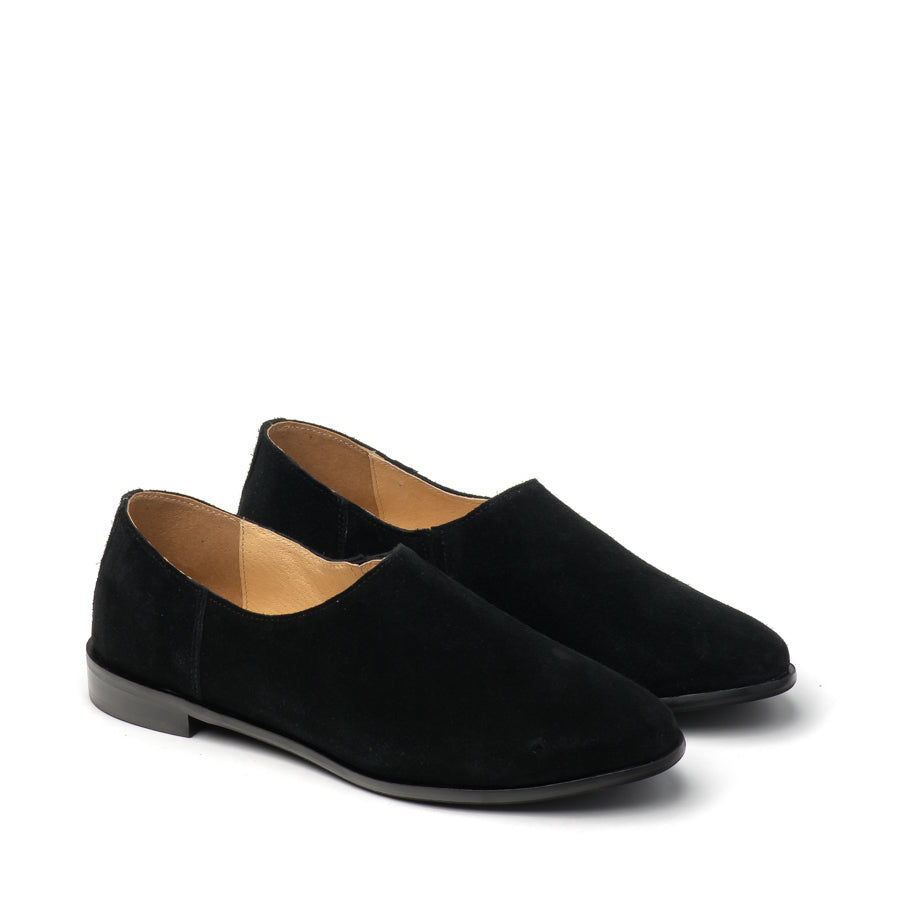 Black real leather ladies flat shoes