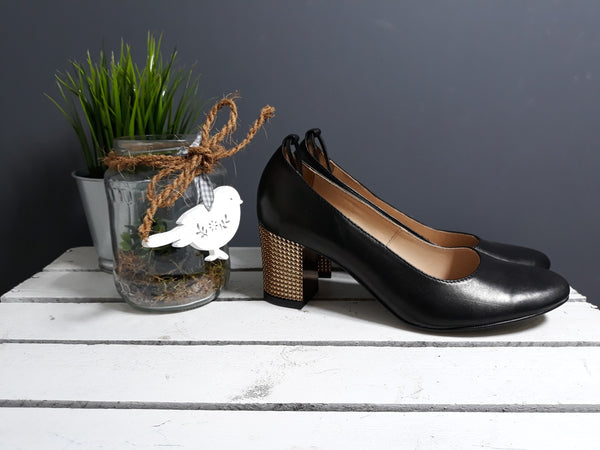 stylish high heel shoes great to the office and for everyday using