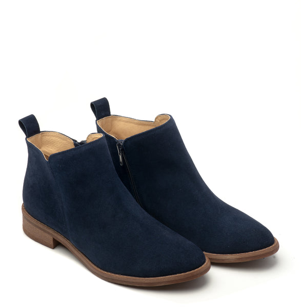 Lovely navy blue ankle boots handmade from suede leather