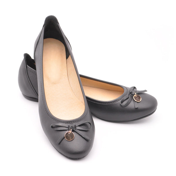 ladies pumps  handmade from black real leather