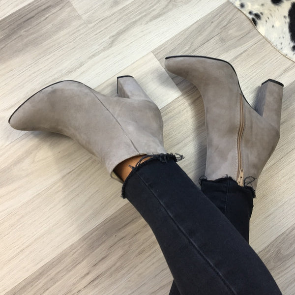 Beige ankle boots made from real leather