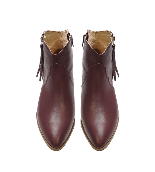 Real leather ladies boots in maroon