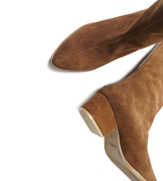 brown leather winter boots very fashionable and comfortable