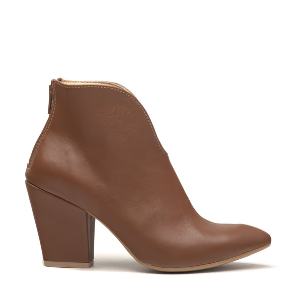 Brow ladies ankle boots perfect for cold days. Boots are very comfortable and simple stylish