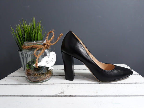 Handmade Real Leather Ladies Court Shoes