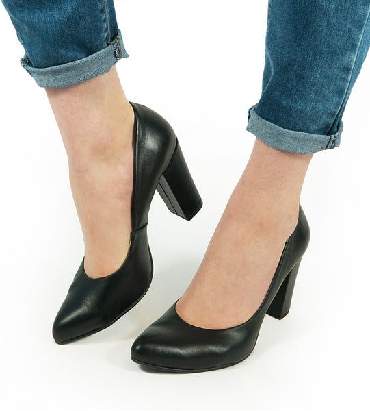 black office shoes very comfy and simple fashion from the best quality real leather