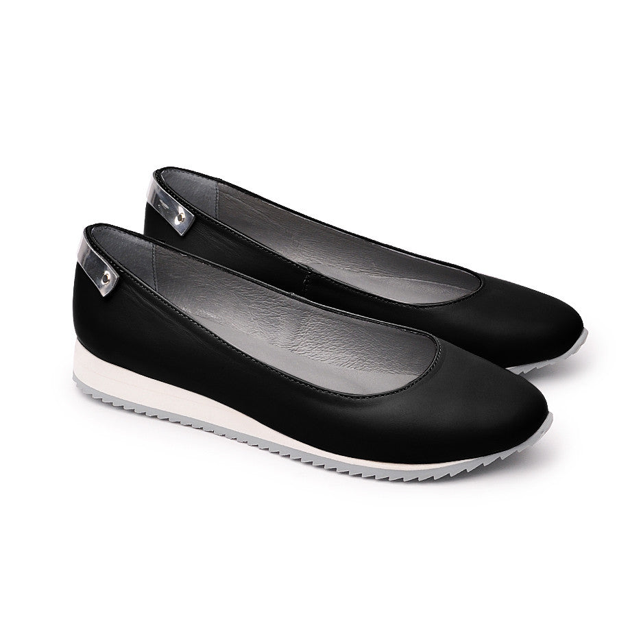 Real Leather ladies pumps very comfortable with untisliperry soles