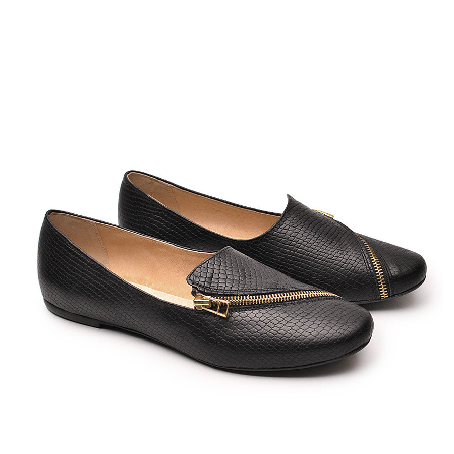 stylish black leather pumps