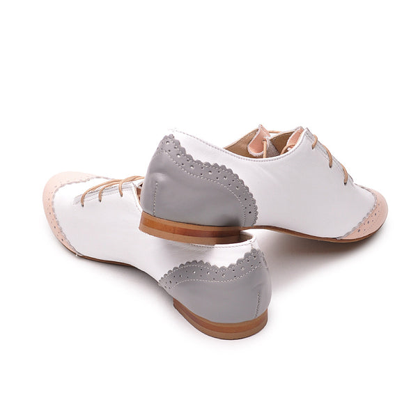 Flat shoes handmade from quality leather