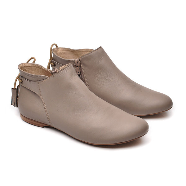 cappuccino ladies ankle boots perfect for every day. Boots are very comfortable and in simple stylish