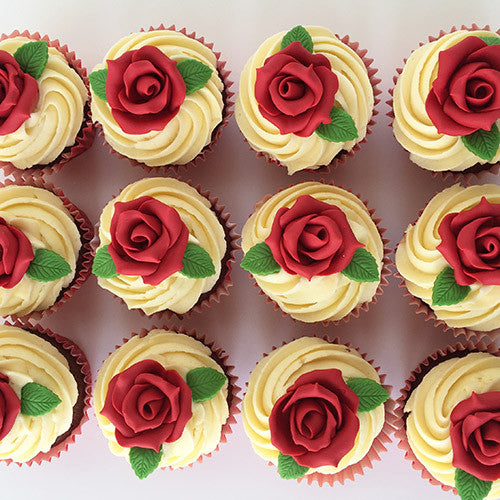 Valentines Day Cupcakes Roses - Johnnie Cupcakes
