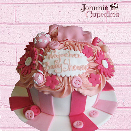 Giant Cupcake Baby Shower - Johnnie Cupcakes
