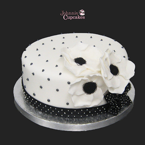 Black and White Cake - Johnnie Cupcakes
