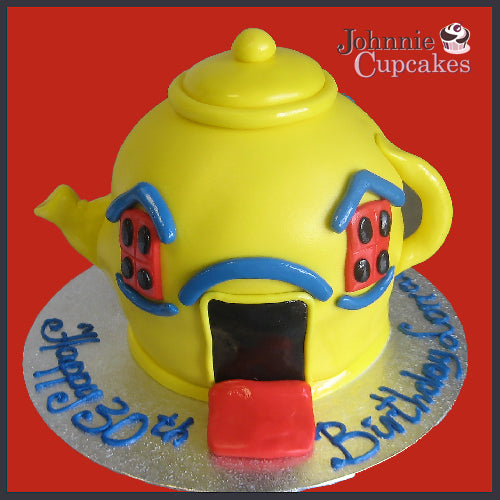 Tea Pot Cake - Johnnie Cupcakes