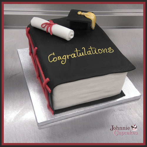 Graduation Cake - Johnnie Cupcakes