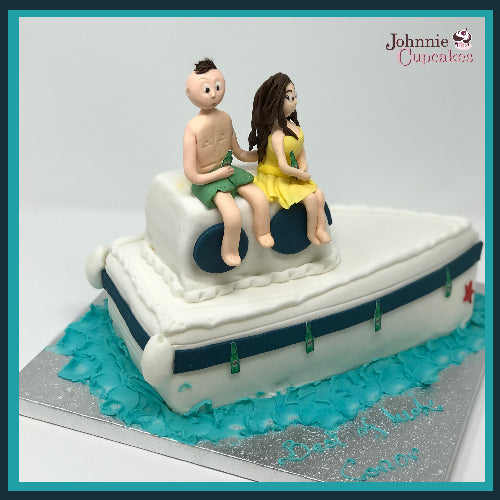 Boat Cake - Johnnie Cupcakes