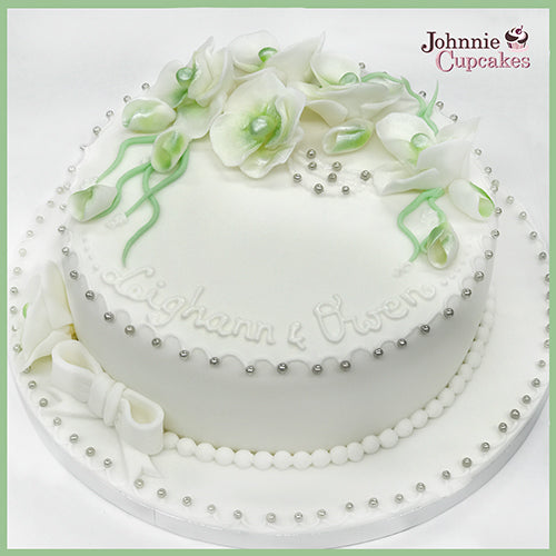 Wedding Cake - Johnnie Cupcakes