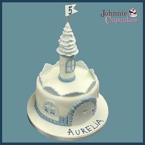 Castle Cake - Johnnie Cupcakes