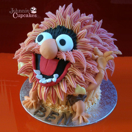 Giant Cupcake Animal - Johnnie Cupcakes