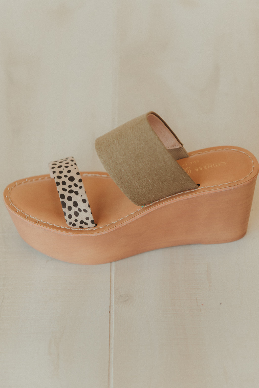 Chinese Laundry ~ Wind Linen Cheetah Wedge ~ Olive & Cheetah