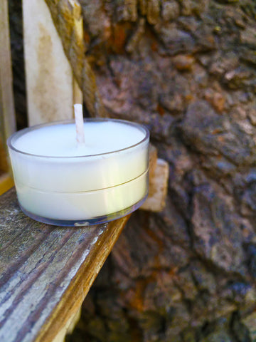 October Fields chamomile and clover tea-lite soy candle