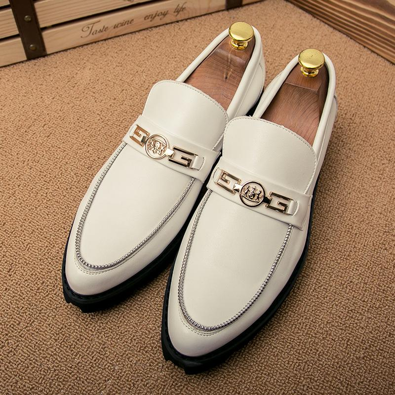 British pointy shoes with thick soles and high men's shoes Korean wave shoes studio photo white wedding hair stylist shoes