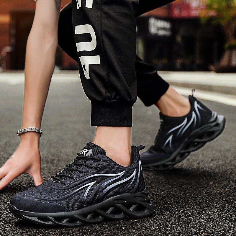 Big size men's shoes spring and summer 2020 new Korean version of trend sports shoes men's casual running shoes hundred-wave shoes men's