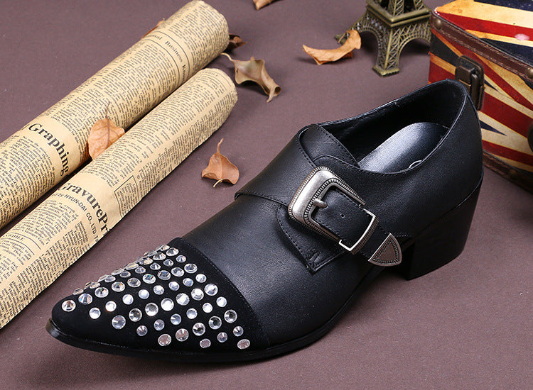 Summer men's shoes British tide tip set foot buckle drill low-heeled leather shoes men casual shoes personality men's leather shoes; men's casual shoes; personality men's leather shoes.