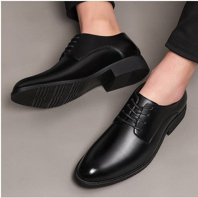 Men's business dress black patent leather shoes men's new tide shoes summer Korean version of the British pointed men's shoes
