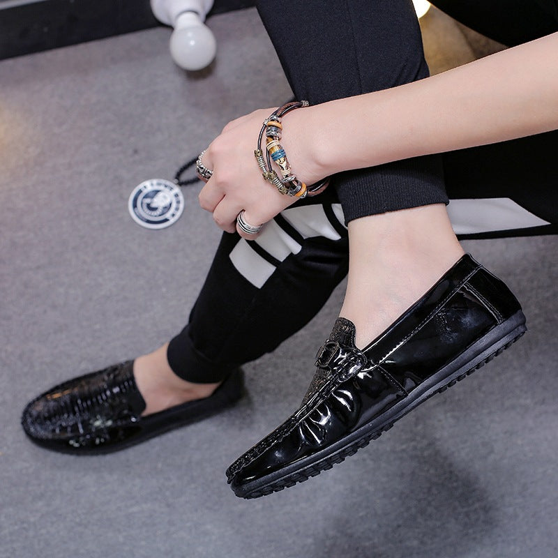 One foot pea bean shoes male 2019 spring Korean lazy shoes wild casual shoes trend leather shoes set foot men shoes