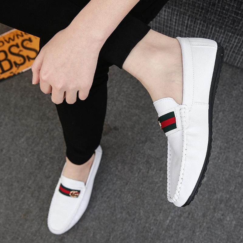 new soft shoes Korean casual sets of feet men's casual shoes single shoes