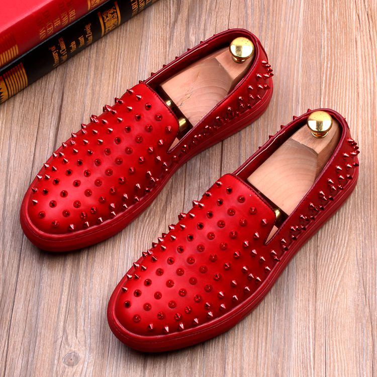 Men's rivet shoes fashion casual shoes