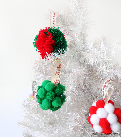 pom pom DIY bauble craft