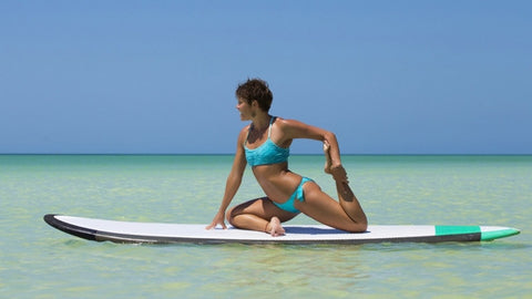 reel-lifestyle-paddleboarding-yoga-camie-lyman-reel-fitness