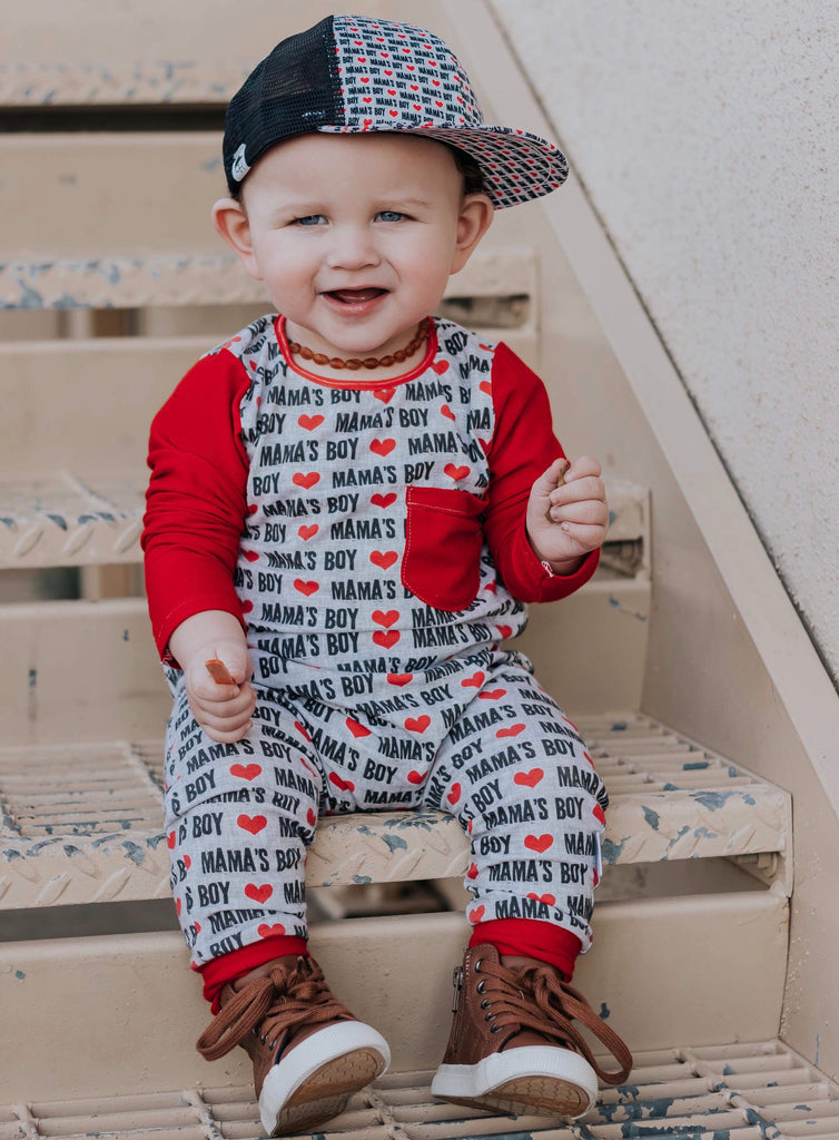 MAMA'S BOY ON RAGLAN/ROMPER