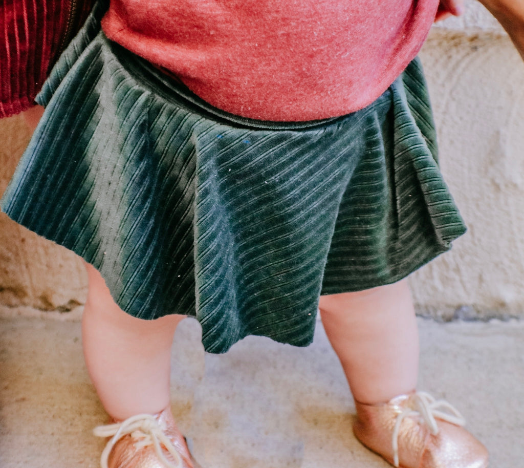 EMERALD/ BLUSH VELVET CORDUROY SKIRTED BUMMIES