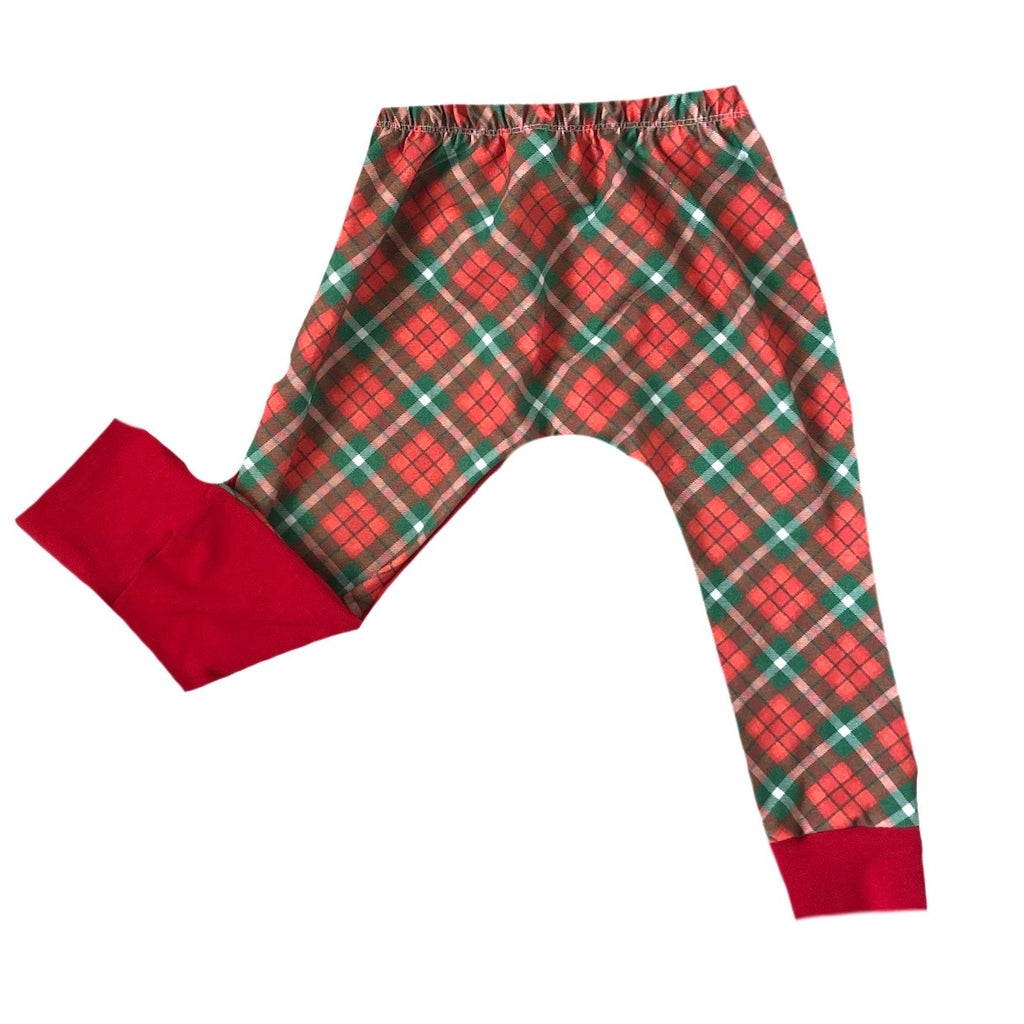HOLIDAY PLAID ON RED HAREMS