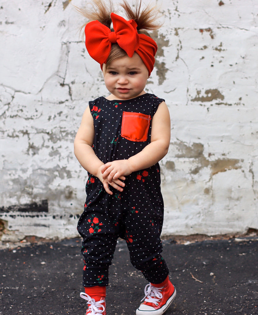 BLACK POLKA DOT WITH RED FOIL