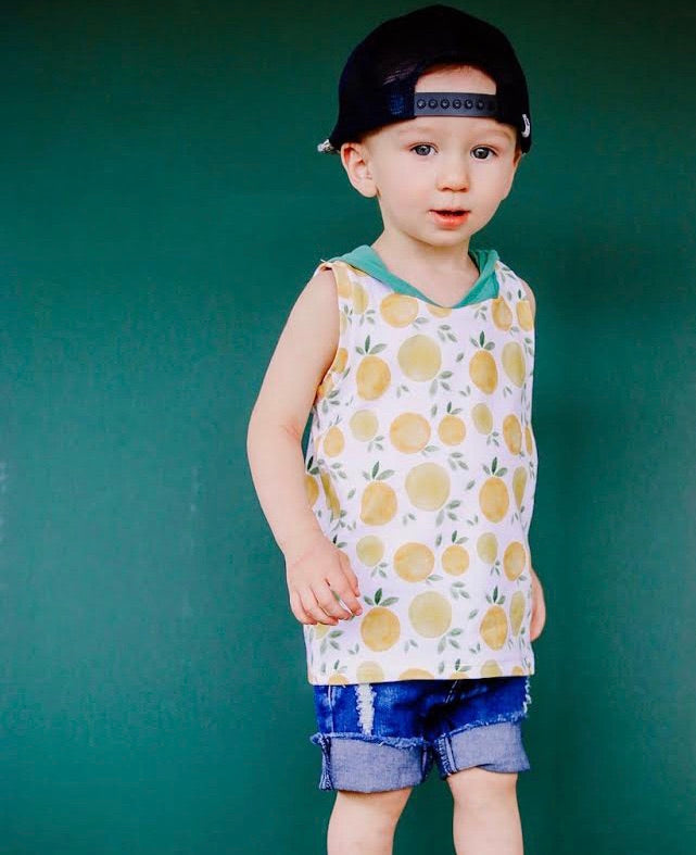 CLEMENTINES/GREEN HOODED TANK