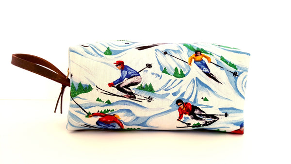 Vintage Ski Fabric - Dopp | Travel Kit