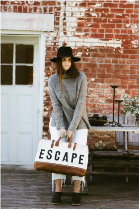 ESCAPE TRAVELER BAG