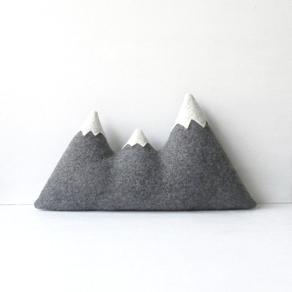 THE SISTERS ORIGINAL MOUNTAIN PILLOW