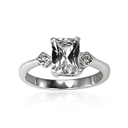 RZ-8152 Emerald Cut CZ Ring | Teeda