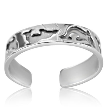 TR-2760 Line of Dolphins Toe Ring | Teeda