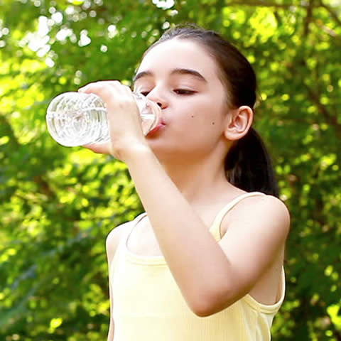 Why Tweens Should Drink More Water!