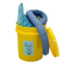 305304 Spill Kit/Station, Bucket, Oil-Based Liquids, 4 gal.